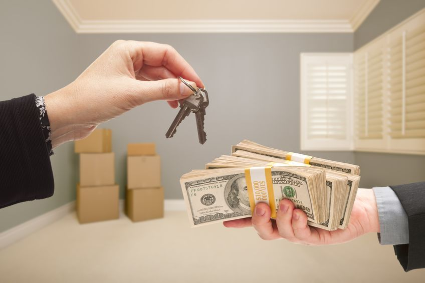 Selling a House Accepting a Cash Offer